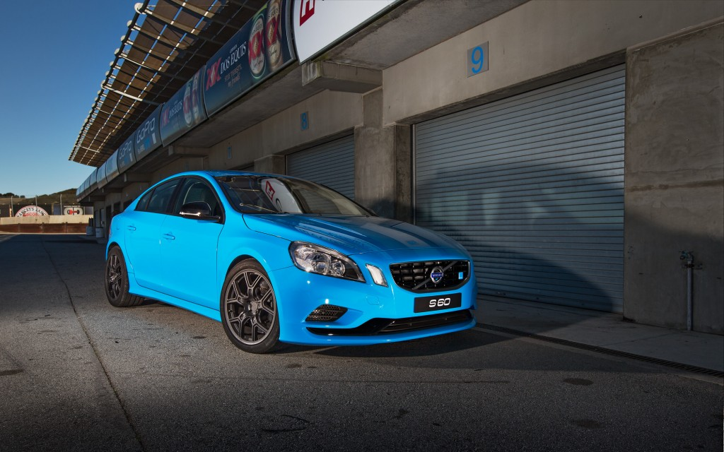 Volvo-S60-Polestar-front-three-quarter-1