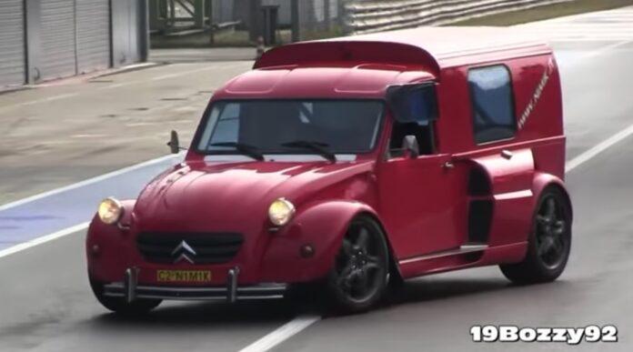 Citroën 2CV med Ferrari-motor