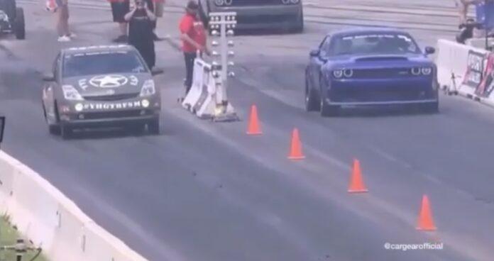 Toyota Prius mod Dodge Demon