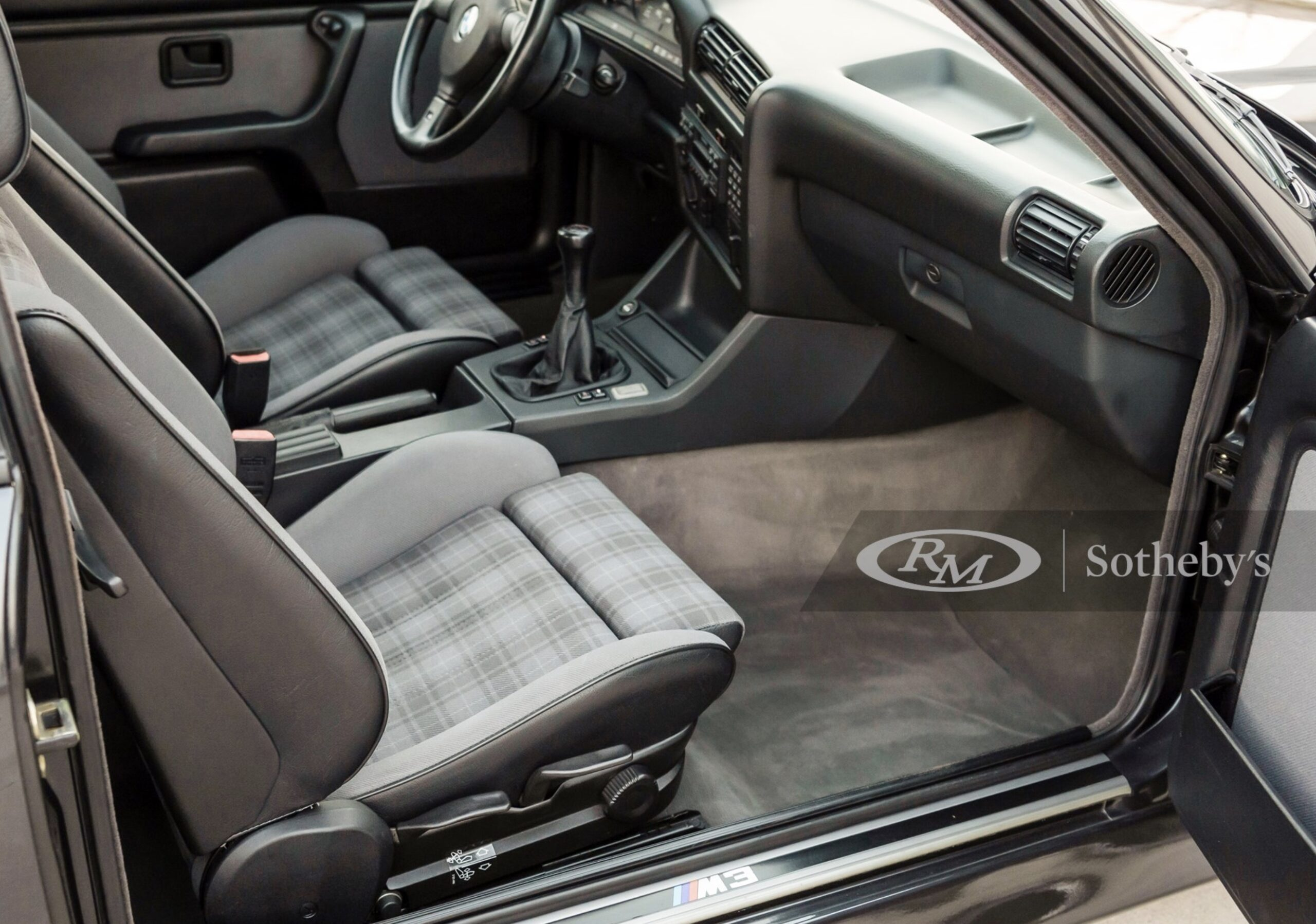 BMW E30 M3 på auktion