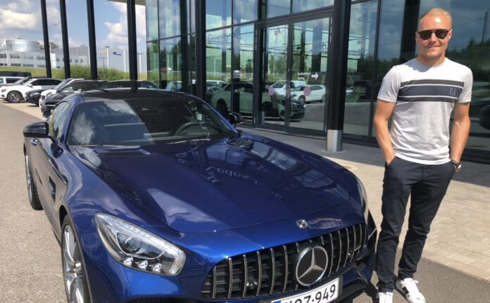 Valtteri Bottas sælger sin AMG GT