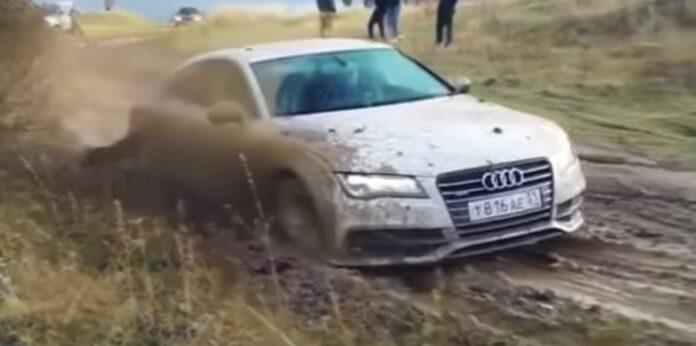 Audi A7 kører offroad