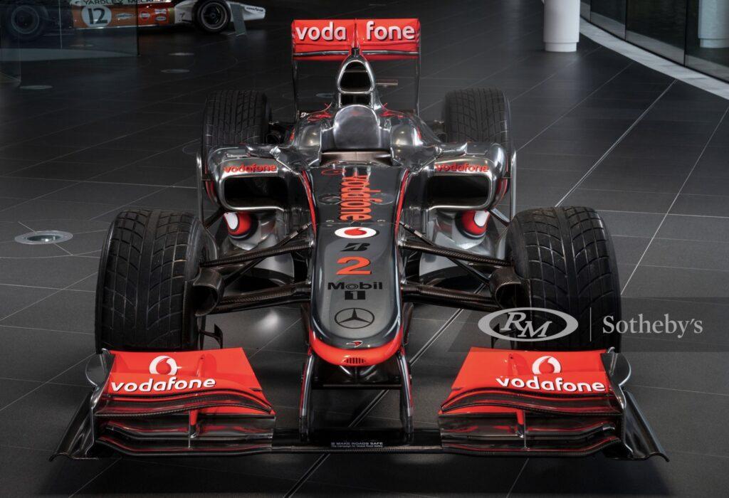 Lewis Hamiltons bil til salg