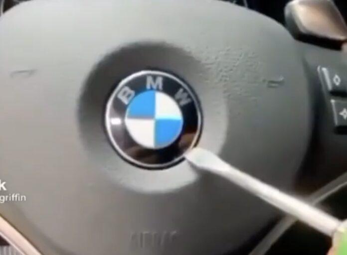 Airbag sprænger på BMW