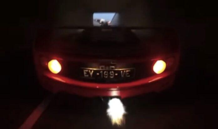 Ferrari F40 i tunnel