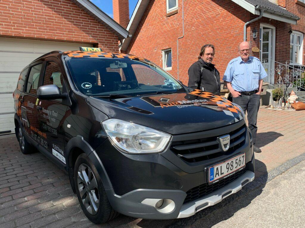 16 gange rundt om jorden i en Dacia