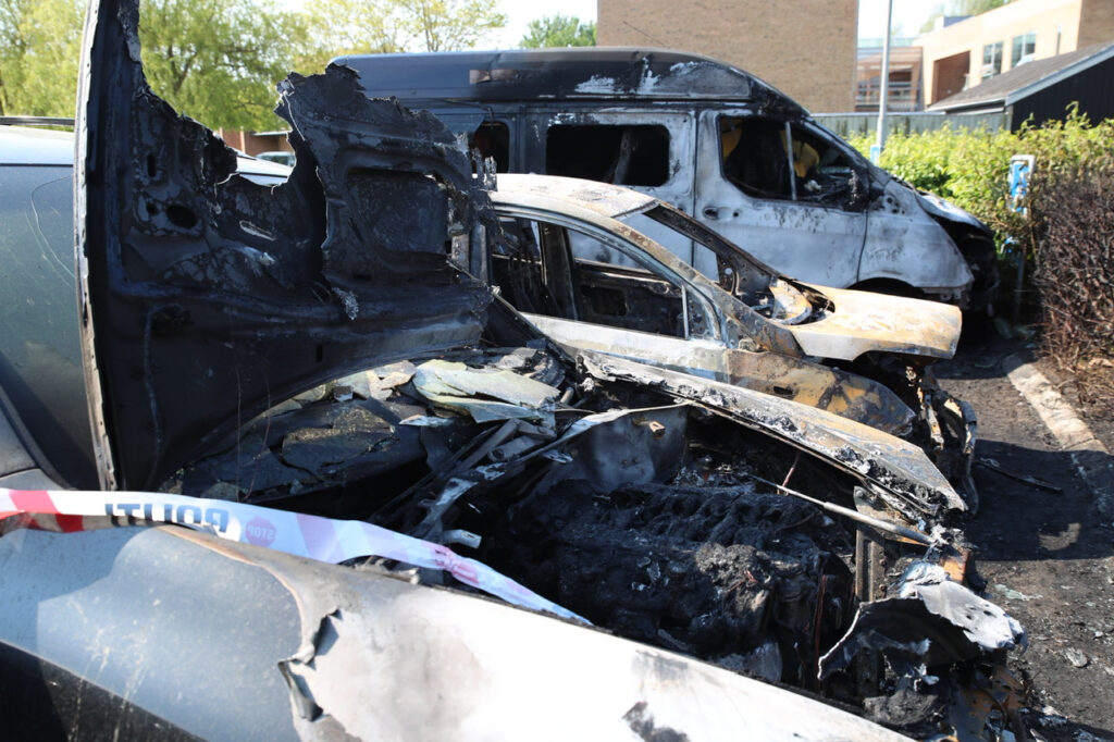 Porscher sat i brand