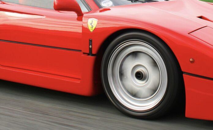 Ferrari F40 replika
