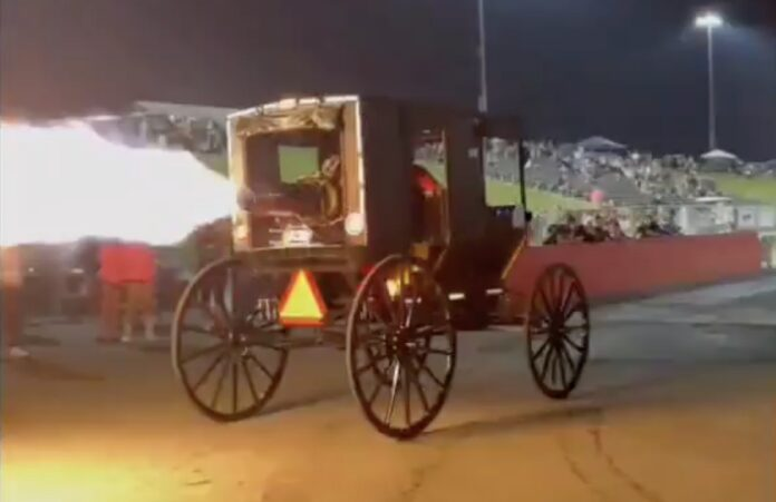 Amish-vogn med jetmotor