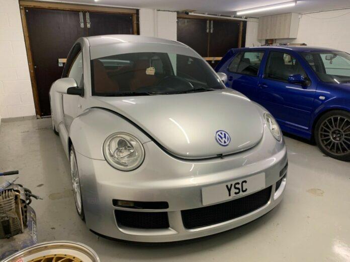 En af de kun 250 eksemplarer af VW Beetle RSi står til salg i England