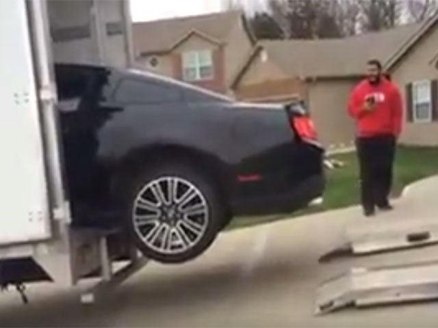 Another day, another Mustang crash. Her er endnu et eksempel på, hvordan dumheder har givet Ford Mustang et dårligt ry.