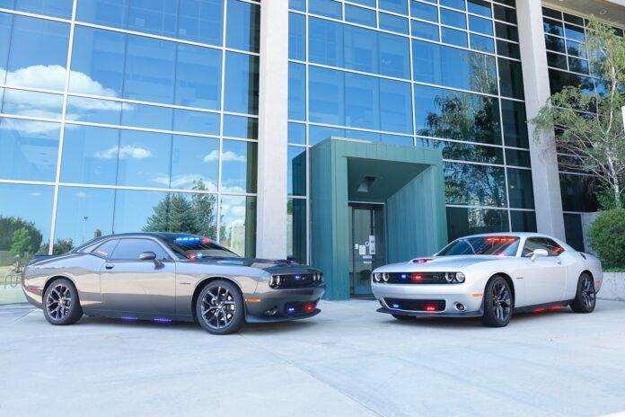 Prescott Valley Police Department i USA har fået to nye civile patruljebiler - nemlig to Dodge Challenger R/T