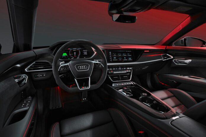 Tyske Audi lover nu at holde fast i de fysiske knapper i deres bilers kabiner. I 2019 sagde fabrikken ellers, at alle knapper skulle væk.