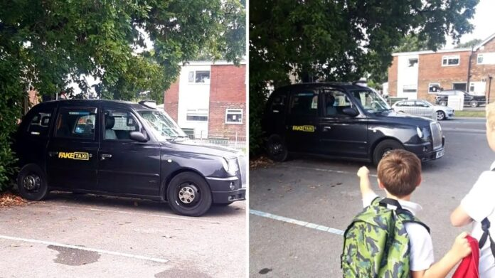 Forælderne til nogle engelske folkeskole-elever fik sig et chok, da den berømte porno-taxa 'Fake Taxi' stod i nærheden af børnenes skole.