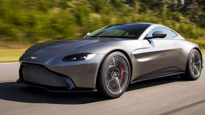 Elbilerne kommer. Bare ikke lige nu, siger Aston Martins direktør Tobias Moers.