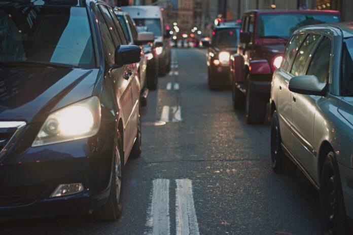 En ny aftale mellem regeringen og kommunerne betyder, at benzinbiler nu også kan udelukkes fra miljøzoner